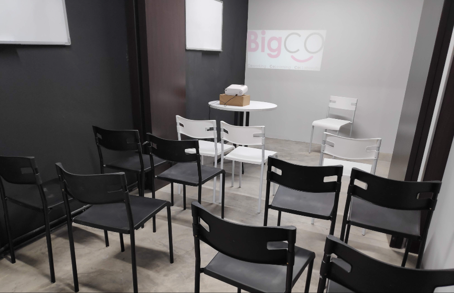 BigCo Coworking space - big buddies room